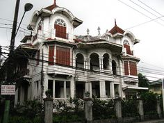This is the Gala-Enriquez House, designed by the son of Juan Luna, Andres Luna. Classic Architecture, Road Trip, Mansions, House Styles, Steak, Design, Home Decor, Life, Classical Architecture
