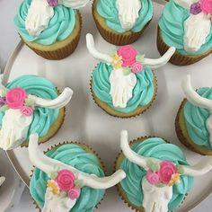 Cow Steer skull cupcakes by Country Road Custom Cakes