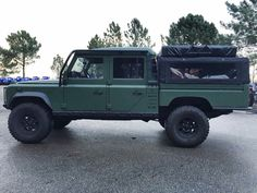Land Rover #Defender 130. Ladder up the side is a good place to enter the tent on the roof when popped up.