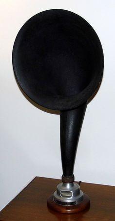 https://flic.kr/p/SdjkSC | Vintage Radiola Loud Speaker, Model UZ-1320, Made In USA, Circa 1923 | Auction Item 183