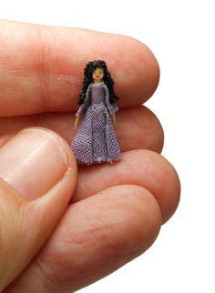 """Handmade Teeny Tiny Micro Miniature 1:144 Dollhouse Lady Doll Artisan OOAK 3/4"""""""