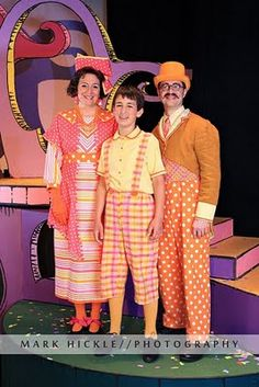 """Mayor of Whoville's family (If you love Seussical, check out my novel """"Bit Players, Bird Girls and Fake Break-Ups"""". Whoville Costumes, Seussical Costumes, Theatre Costumes, Family Halloween Costumes, Christmas Costumes, Girl Costumes, Costume Ideas, 50s Costume, Halloween Garland"""