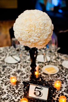 Black and Ivory Centerpieces « Weddingbee Boards