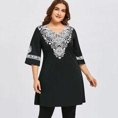 Women s V-Neck Half-Sleeve Fashion Tunic Top XL-5XL V Neck Blouse · V Neck  BlouseV Neck DressTrendy Plus Size ... 3ea5aa5efd31