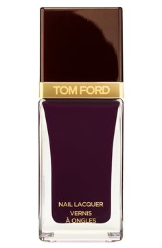 TOM FORD Nail Lacquer DetailsTo Tom Ford every detail counts. This extra-amplified, gloss and shine nail lacquer, in a wardrobe of shades from alluring brights to chic neutrals, lets you express your Nail Lacquer, Red Nail Polish, Nail Polish Trends, Nail Polishes, Hot Nails, Hair And Nails, Tom Ford Beauty, Perfume, Fall Nail Colors