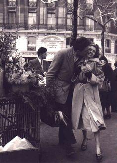 Old Days + Gentleman = Perfect Kiss