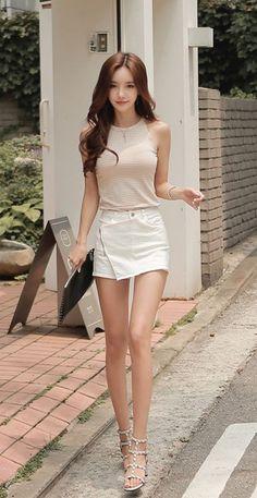 Pretty Girls Fashion Outfits - Retouched By - Fiverr Asian Fashion, Girl Fashion, Fashion Dresses, Fashion Models, Look Disco, Cute Asian Girls, Emo Girls, Pretty Girls, Asia Girl