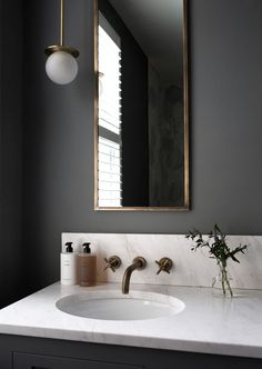 Home Decor Pictures Black bathroom with brass fittings and marble worktop create a luxury finish Beautiful Bathrooms, Modern Bathroom, Small Bathroom, Black Marble Bathroom, Black Bathrooms, Masculine Bathroom, Black Bathroom Decor, Bohemian Bathroom, Brass Bathroom