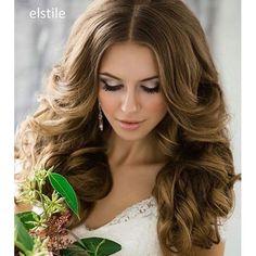 Gorgeous bridal waves by @elstile. #bridalhair #waves #hair #hairdo #hairideas #weddinghair #longhair #bridalwaves #beachwaves #luxurylifestyle #bridalinspo #weddinginspiration #bridalstyle #makeup #bridalmakeup #nudemakeup #beauty #instahair #instabeauty