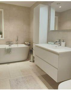 Bad am Boden - - White Master Bathroom, Brown Bathroom, Family Bathroom, Small Bathroom, Bad Inspiration, Bathroom Inspiration, Bathroom Renos, Bathroom Renovations, Small Toilet