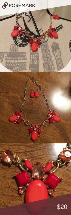 SALE Charming Charlie Red and Orange Necklace Worn a few times. All pieces are in tact and comes with matching earrings. Charming Charlie Jewelry Necklaces