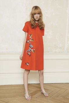 Dice Kayek Resort 2017 Collection Photos - Vogue ...I'm getting a 60's Chinoiserie vibe from this, and that hot coral color is fab too...