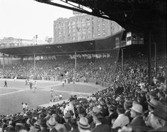 1940s view of a baseball game at Atlanta's Ponce de Leon Park.