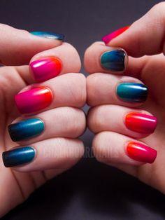 gradient/ombre nails