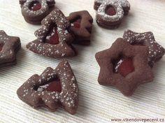 Kakaové linecké s marmeládou Christmas Sweets, Christmas Candy, Christmas Baking, Christmas Cookies, Meringue Cookies, Sugar Cookies, Czech Recipes, Brownie Cupcakes, Pavlova