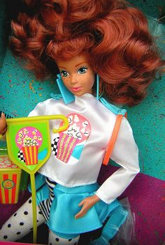Cool Times Midge - used to own this doll. I want to purchase it again 1980s Barbie, Vintage Barbie Dolls, Barbie And Ken, Mattel Dolls, My Childhood Memories, Childhood Toys, Barbie Clothes, Barbie Stuff, Barbie Accessories