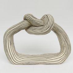 Tove Tengå | kaolin.se Plaster Sculpture, Abstract Sculpture, Bronze Sculpture, Sculpture Art, Modern Sculpture, Abstract Art, Antony Gormley, Vases Decor, Ceramic Art