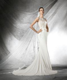 TAIS - Simple wedding dress with bateau neckline | Pronovias
