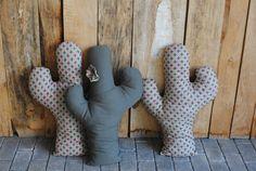 Cactus de tela hechos en nuestro taller, no pinchan !
