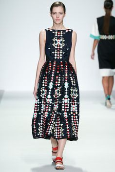 Holly Fulton Spring 2015 Ready-to-Wear - Collection - Gallery - Look 11 - Style.com
