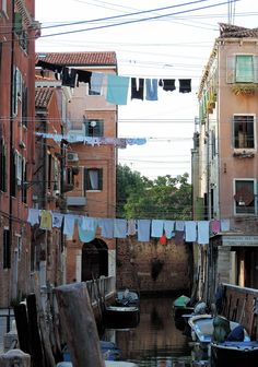 """Venice Venezia Venedig Venise +++ photograph by Daniela Faber August 2015 - """"musical"""" laundry hanging from houses like notes, canal"""