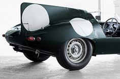 Jaguar D-Type... mmmm
