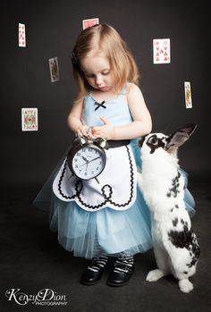 Alice in Wonderland - adorable baby photo shoot inspiration