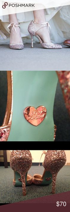 Betsy Johnson Gold Sparkly Glittery Heels Closed toe GORGEOUS glittery heels. Perfect for weddings or for a night on the town. Gold and rose gold glitter with blue accent. Gold heart shaped Betsy Johnson seal on the back which is highly visible and super cute. Betsy Johnson Shoes Heels