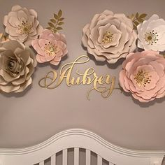 Gold laser cut name sign for baby room decoration - Babyzimmer - Baby Room Ideas