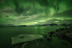 Breathtaking Landscapes Convey the Dazzling Beauty of Iceland - My Modern Met