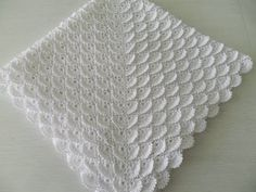 x 100 x 100 cm zł Baby Knitting Patterns, Crochet Patterns, Baby Blanket Crochet, Crochet Blankets, Baby Blankets, Beautiful Baby Shower, Bed Spreads, Crochet Stitches, Baby Shower Gifts