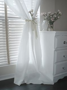 Decoration, Romantic White Horizontal Blind With Cool Cotton White Curtains For Window Treatments And Custom White Wooden High Dresser In Gray Teen Girls Bedroom Decoration Ideas: Elegant White Curtains For Window Covering Ideas