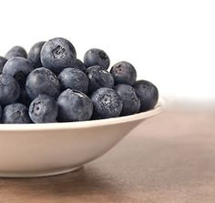 5 Top Health Benefits of Blueberries  Blueberries taste great just eaten out of hand, or added to cereal, baked and frozen desserts, fruit salads, and more. The antioxidants and vitamins contained in these little berries can help you live longer and look better. Packed with nutrients, blueberries contain: potassium, zinc, copper, vitamins A, B complex, C, and E, manganese, iron. Anthocyanin, which gives these berries their blue hue, is a powerful antioxidant.