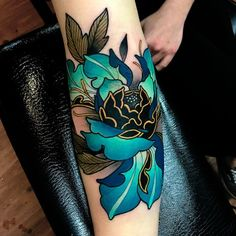 "1,991 Likes, 40 Comments - Melise Hill (@melisehilltattoo) on Instagram: ""My favourite kind of flower to do • • • #tattoo #melisehilltattoo #ironcladtattooco…"""