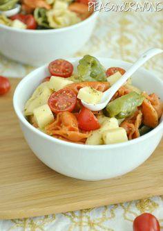 Cheesy Tortellini Pasta Salad [recipe]. Sounds so good. Ingredients on next groc. list.