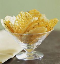 How to Make Oven-Baked Cheese Crisps: Cheese Crisps are called Frico in Italian Parmesan Chips, Cheddar Chips, Baked Cheese, Easy Cheese, Asiago Cheese, Appetizer Recipes, Snack Recipes, Cooking Recipes, Cooking Hacks