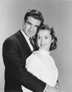 Rod Taylor and Debbie Reynolds