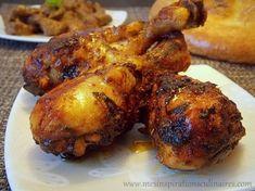 4 pilons de poulet 2 gousses d'ail émincées 4 c-a-soupe d'huile d'olive 1 c-a-c de paprika 1 c-a-c de cumin sel, poivre 2 c-a-soupe de moutarde de dijon jus d'1/2 citron Thym pincée de cayenne ½ c-a-c de Gingembre Healthy Meals To Cook, Healthy Recipes, Oven Cooking, Cooking Recipes, Healthy Party Snacks, Haitian Food Recipes, Good Food, Yummy Food, Salty Foods