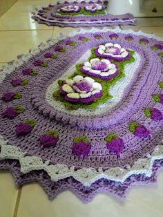 Crochet Mat, Crochet Pillow, Crochet Doilies, Crochet Flowers, Crotchet Patterns, Weaving Patterns, Knitting Patterns, Crochet Table Runner, Crochet Home Decor