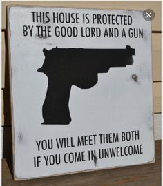 no trespassing signs, hand painted wood signs, house protected by guns, black and white, outdoor signs Great Quotes, Me Quotes, Funny Quotes, Humor Quotes, Qoutes, Funny Memes, People Quotes, El Chante, No Trespassing Signs