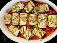 Low Carb Rezepte: Auberginenröllchen mit Mozzarella und Tomatensauce