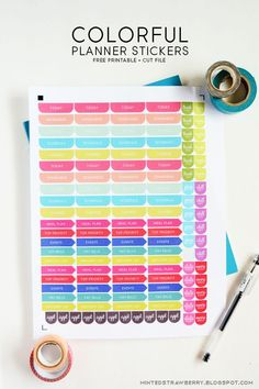 MINTED STRAWBERRY: Download this free set of stickers for your planner!