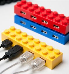 the geek in me loves this//LEGO USB Hubs: colorful, stackable connectivity.    Would I rather have a USB hub like this, or the one that looks like the TARDIS, though? It's a hard choice....