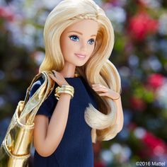 Barbie chic y casual.