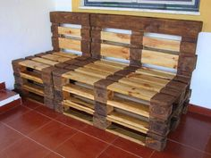 Sofá banco feito com paletes - Chair sofa made from pallets