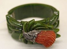 Art Deco Bakelite and metal bracelet. Bakelite is really interesting to me - apparently it has a bad smell because of the chemicals used to make it. Art Deco Jewelry, Fine Jewelry, Jewelry Design, Yoga Jewelry, Hippie Jewelry, Women's Jewelry, Tribal Jewelry, Silver Jewellery, Antique Jewelry