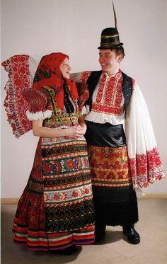FolkCostume és hímzés: Costume és hímzés Mezőkövesd, Magyarország