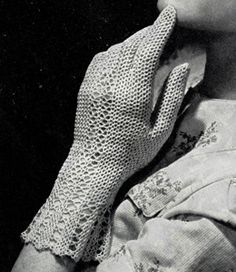 Vintage 1940s Crocheted Fair Lady Gloves - FREE Crochet Pattern / Tutorial
