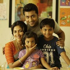 Suriya and Amala Paul as Thamizhnadan and Venba respectively