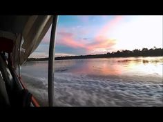 Iquitos, Perú to El Coca, Ecuador by River Boat! • Mind of a Hitchhiker